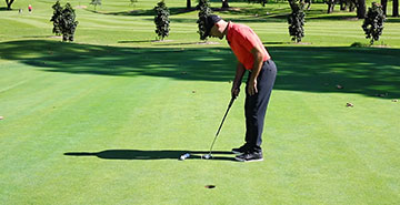 Tiger Woods putting drill